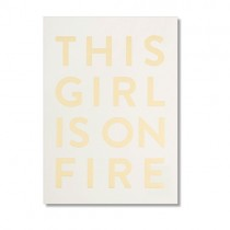 "Karte ""This girl is on fire"" mit Goldprägung"
